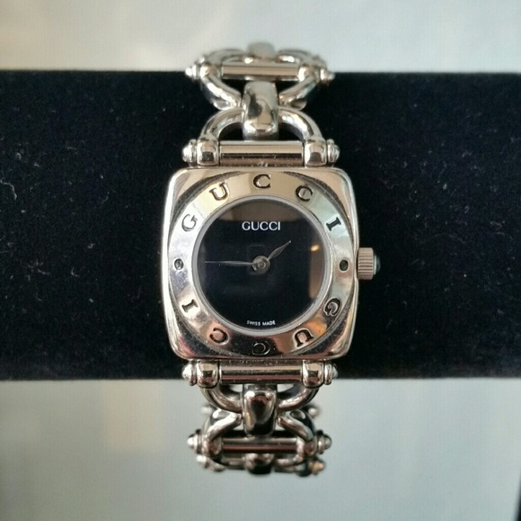 435aad3a4de Gucci Jewelry - Vintage Gucci Silver Wristwatch 6400 L